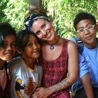 Brune Charvin bersama peserta Kelas Komunitas di Rumah Hijau Denassa (RHD) 18/8/2013