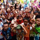 RHD. Kelas Komunitas, Rumah Hijau Denassa (RHD) berkumpul untuk mempersiapkan keikutsertaan dalam lomba mewarnai Bank Permata Makassar (20/06/2014).