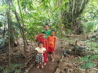 RHD. Fadil, Asraf, Ainiyah Denassa, dan Bani di Konservasi Utara Rumah Hijau Denassa (RHD) 02 Januari 2017