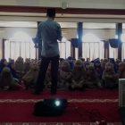 RHD. Darmawan Denassa, bersama siswa kelas 1 SDIT Wihdatul Ummah Makassar (01.03.2017)