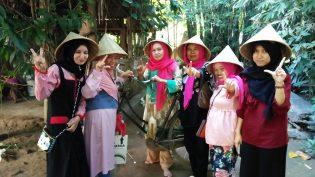 RHD. Kunjungan Keluarga Talolo Mandar ke Rumah Hijau Denassa (RHD) di Gowa  (04.07.2017)