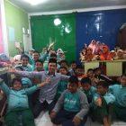 RHD. Darmawan Denassa bersama Peserta Didik SDIT Ar-Rahmah Makassar saat Pertemuan Pra Kunjungan ke Rumah Hijau Denassa (17.01.2018)