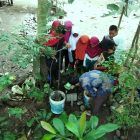 RHD. Membuat Biopori Bersama Siswa SDN Bontonompo di Area Konservasi Selatan, Rumah Hijau Denassa (RHD) 28.03.2018