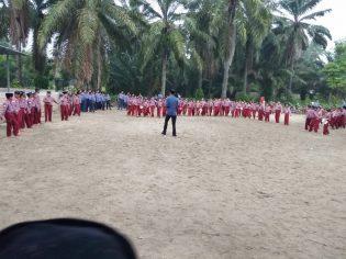 Bang Denassa di Tengah Siswa-Siswi Nahdatul Muslimin Memimpin Pelaksanaan Outing Class (06.09.2018)