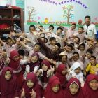 RHD. Darmawan Denassa bersama Siswa Kelas 2 MITQ Azhar Center Makassar (06.02.2019)