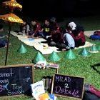 RHD. Mahasiswa Ilmu Perpustakaan UINAM Diskusi Bersama Darmawan Denassa di TBM Tepi Sawah (26.07.2019)